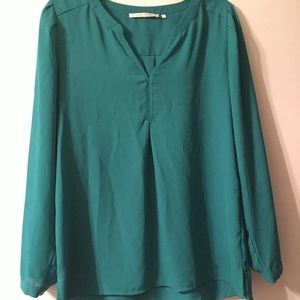 Violet and Claire teal long sleeve blouse size M